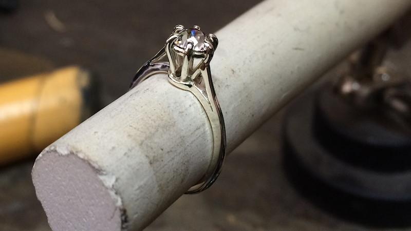 Fixed ring