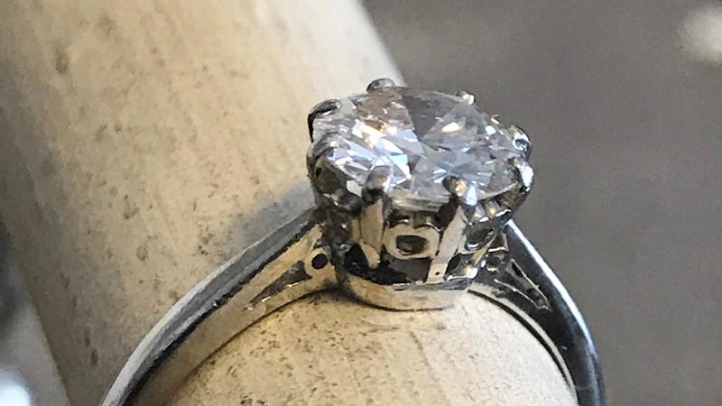 Jewellery restore